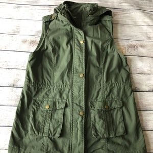 Market & Spruce Utility Hooded Vest Size M